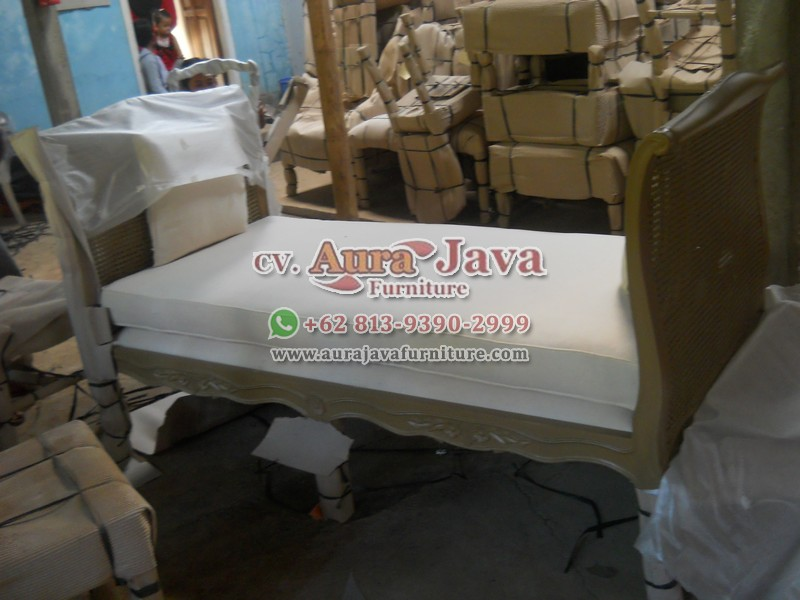 indonesia-classic-furniture-store-catalogue-stool-aura-java-jepara_035
