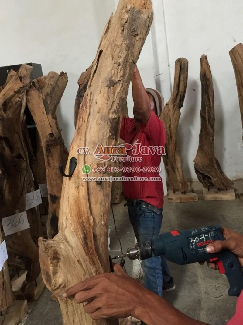 indonesia-contemporary-furniture-store-catalogue-coat-hanger-aura-java-jepara_023