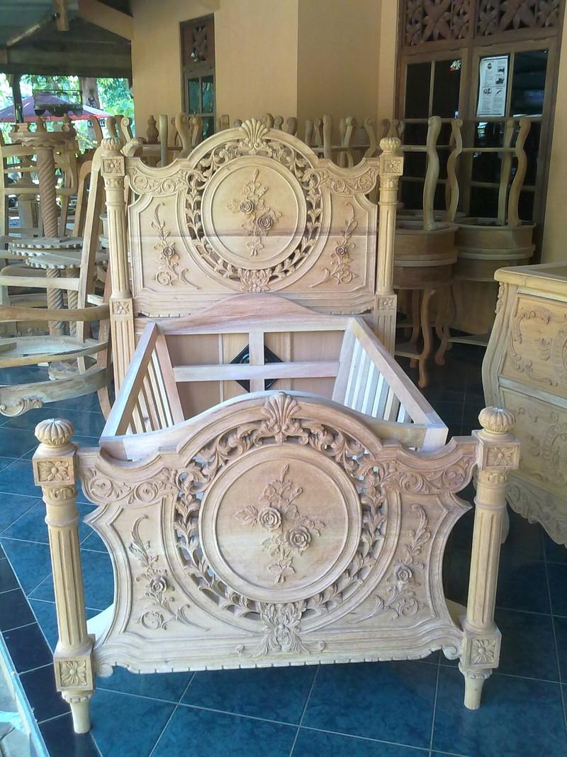 indonesia-classic-furniture-store-catalogue-bedroom-aura-java-jepara_030