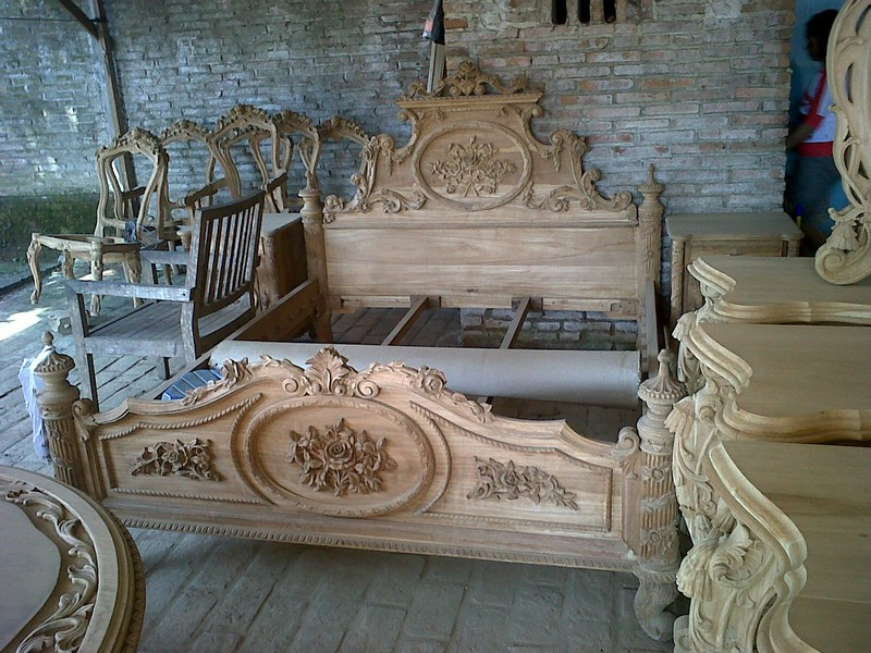 indonesia-classic-furniture-store-catalogue-bedroom-aura-java-jepara_062