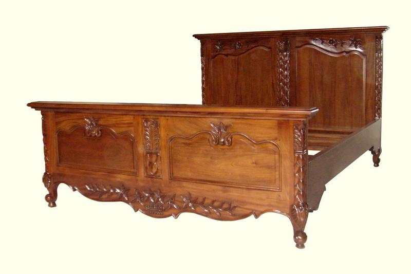 indonesia-classic-furniture-store-catalogue-bedroom-aura-java-jepara_066